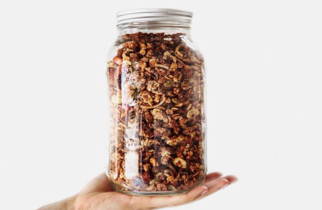 jar of graneusli